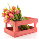 Houten krat met bloemen Stock Afbeelding