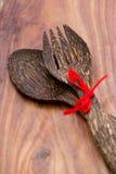 Houten lepel en vork stock afbeelding