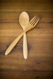 Houten lepels en houten vork Royalty-vrije Stock Afbeeldingen