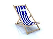 Houten ligstoel met Griekse vlag Royalty-vrije Stock Foto