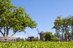 Houten molens in Suzdal Royalty-vrije Stock Afbeelding
