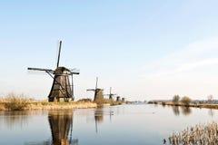 Houten molens van Holland stock afbeelding