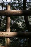 Houten omheining binnen een hout royalty-vrije stock fotografie