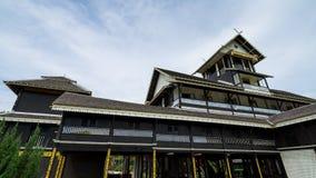Houten paleis van Sri Menanti in Maleisië Stock Foto's