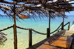 Houten pijler bij Pangaimotu-eiland dichtbij Tongatapu in Tonga Royalty-vrije Stock Afbeeldingen