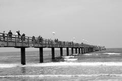 Houten pijler in Oostzee duitsland Stock Foto's