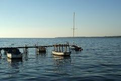 Houten pijler voor boten en jachten Royalty-vrije Stock Afbeelding