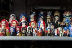 Houten Russische poppen stock afbeelding