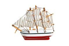 Houten schipstuk speelgoed model stock afbeeldingen