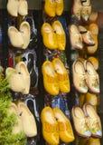 Houten schoenen in Nederland Stock Afbeeldingen