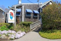Houten-Shingled kustrestaurant, het restaurant van Oarwood Oceanside, Perkins Cove, Maine, 2016 stock foto