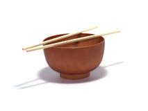 Houten soepkom met bamboeeetstokjes Royalty-vrije Stock Foto's