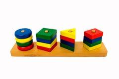 Houten speelgoed voor kinderen, heldere kleuren Stock Afbeeldingen