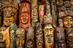 Houten standbeelden Stock Afbeeldingen