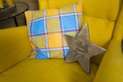 Houten ster met een inschrijving royalty-vrije stock foto's