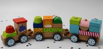 Houten stuk speelgoed trein royalty-vrije stock foto