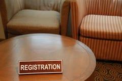 Houten tekens van registratie op een lijst Stock Afbeeldingen