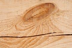 Houten textuur als achtergrond en een knoop en een grote barst op een plank Royalty-vrije Stock Afbeelding