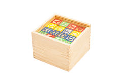 Houten Toy Cubes With Letters On-Doos stock afbeelding