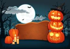 Houten uithangbord met kaarsen en gloeiende Halloween-pompoenen met heksenhoed vector illustratie