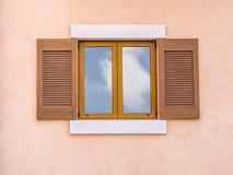 Houten vensters Stock Foto