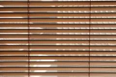 Houten vensterzonneblinden Stock Afbeelding
