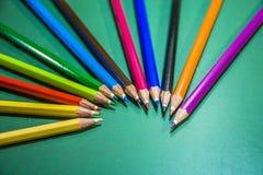 Houten verf voor het trekken en het schilderen, voor kinderen en kunstenaars Stock Foto