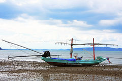 Houten vissersboot Royalty-vrije Stock Afbeeldingen
