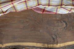 Houten voering met een plaiddoek royalty-vrije stock afbeelding