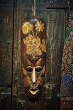 Houten voodoomasker royalty-vrije stock foto's