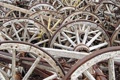 Houten wagenwielen Stock Foto