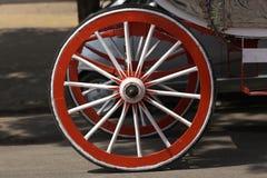 Houten wiel van paardkar Stock Fotografie