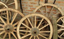 Houten wielen Royalty-vrije Stock Foto