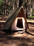Houten Wigwamtent in Sherwood Forest Royalty-vrije Stock Foto's