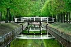 Houten witte brug Stock Fotografie