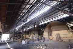 Houtskoolfabriek in Taiping, Maleisië Stock Foto