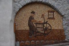 Houtsnijwerk in oud stadsdorp Rango Trentino, selectie één van het mooiste dorp in Italië Stock Fotografie