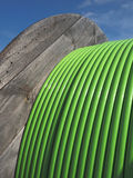 Houttrommel met de groene Kabel van het 576 Vezel Vezeloptische Lint Royalty-vrije Stock Foto's
