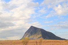 Hov, гора Lofoten святая Стоковые Фотографии RF