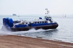 hovercraft αναχώρησης Στοκ Φωτογραφίες