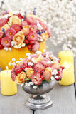How to make bouquet of roses and chrysanthemums  tutorial Royalty Free Stock Photography