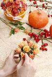 How to make bouquet of roses and chrysanthemums  tutorial Stock Images