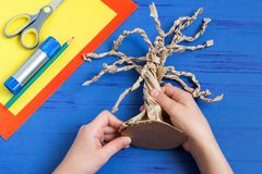 Free How To Make Together With Child Autumn Tree. Step 6 Royalty Free Stock Images - 123769619