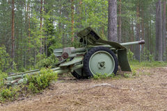Howitzer. Lightweight howitzer platform in the Finnish forest stock photos