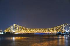 Howrah bro i guld- ljus Royaltyfria Bilder