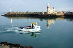 Howth hamnfyr, Howth halvö, ståndsmässiga Dublin, Irelan Royaltyfri Bild