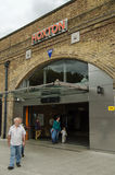Hoxton Overground驻地,伦敦 库存图片