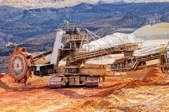 Hoyo de la explotación minera Open Imagen de archivo libre de regalías