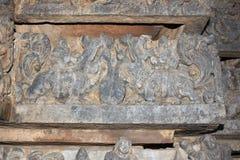 Hoysaleswara świątyni ściany cyzelowanie yali yazhi mityczny zwierzę Obrazy Stock
