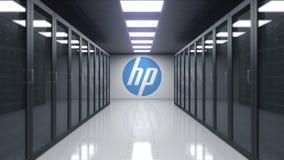 HP Inc logo på väggen av serverrummet Redaktörs- tolkning 3D stock illustrationer